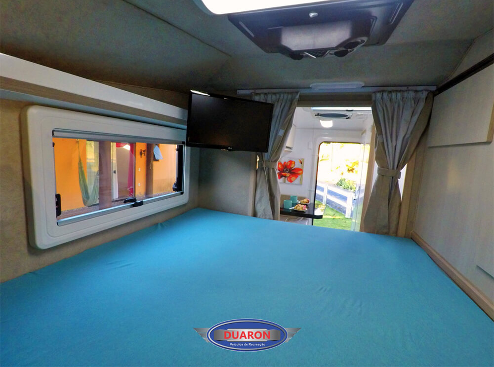 camper-duaron-super-king-interno-11