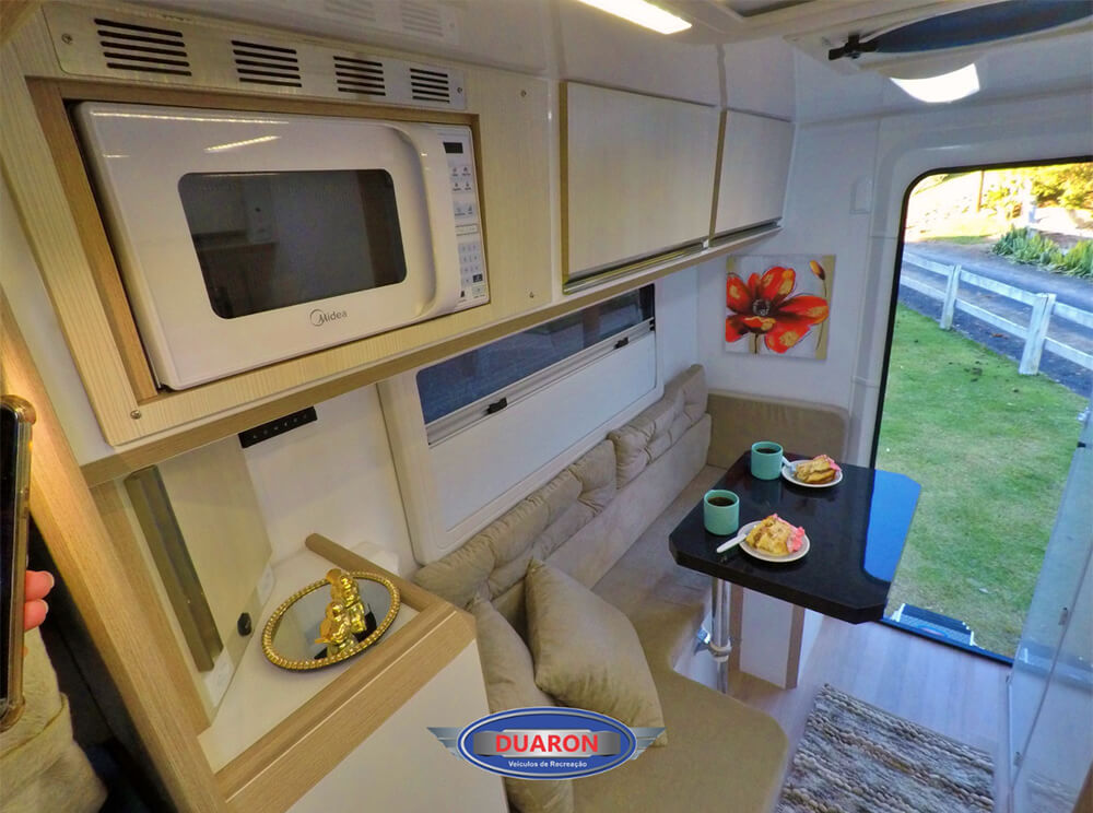 camper-duaron-super-king-interno-12