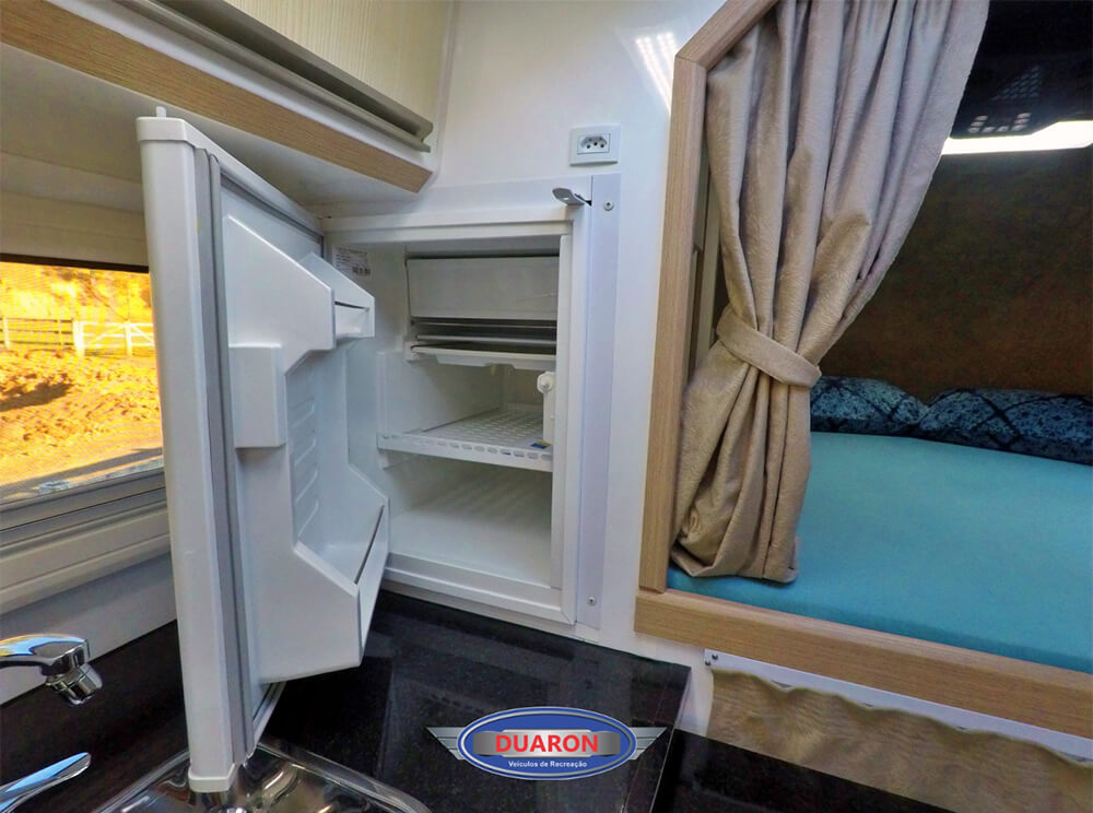 camper-duaron-super-king-interno-6